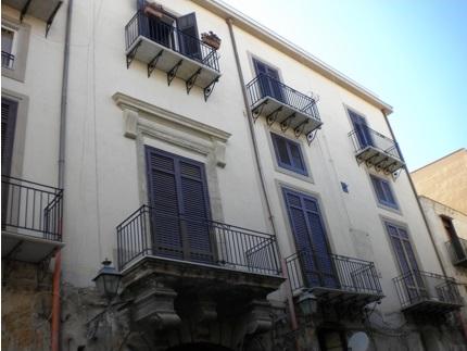 Restauro edilizia in centro a Palermo